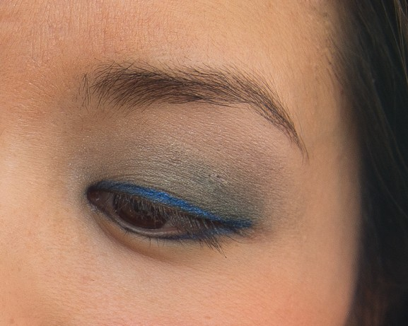 ooglook-kartell-silk-effect-eye-shadow