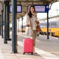 station-leeuwarden-Intercity-Den-Haag-Bagage-Online-Koffer-roze-handbage-200x200 Enrico Benetti trolley van bagageonline.nl
