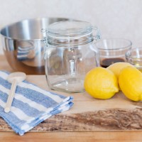 DIY-Lemon-Sugar-Body-Scrub-01-200x200 Make-up, omnomnom!