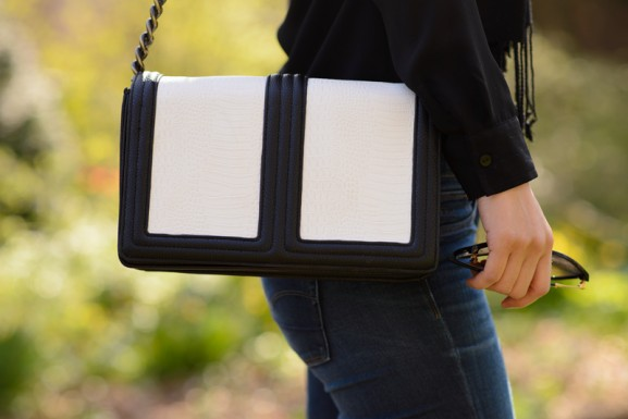 outfit-black-white-bag