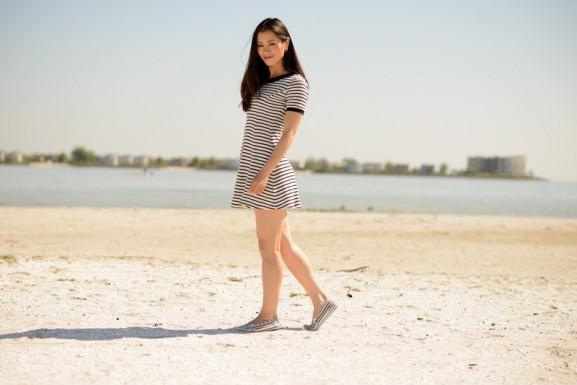 makkum-beach-my-huong