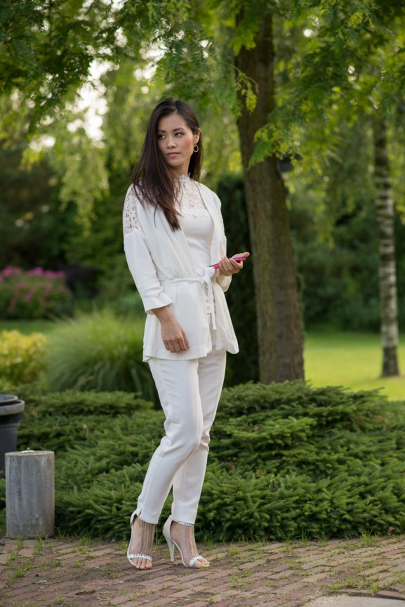 all-white-look-outfit-my-huong-577x864 Outfit: All-white