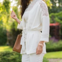 all-white-outfit-blogger-my-huong-details-michael-kors-200x200 Outfit: All-white