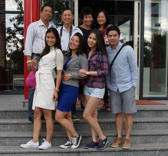 Famillie Huong e10