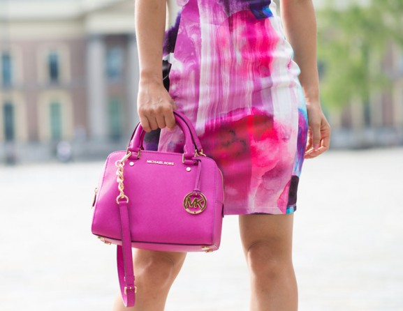 Michael-Kors-Satchel-pink-fuchsia-gold-2015-Birthday-look