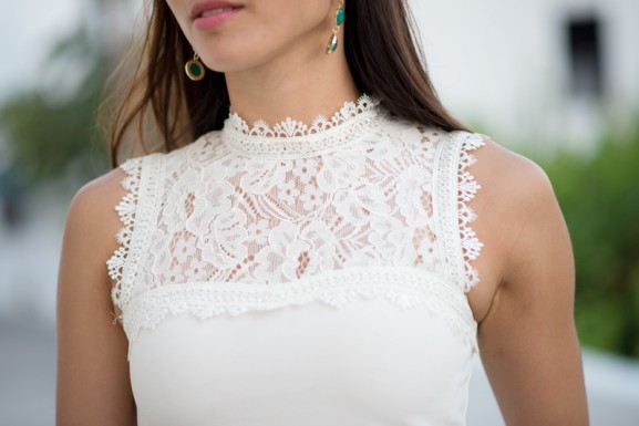White-lace-top-summer-outfit-short