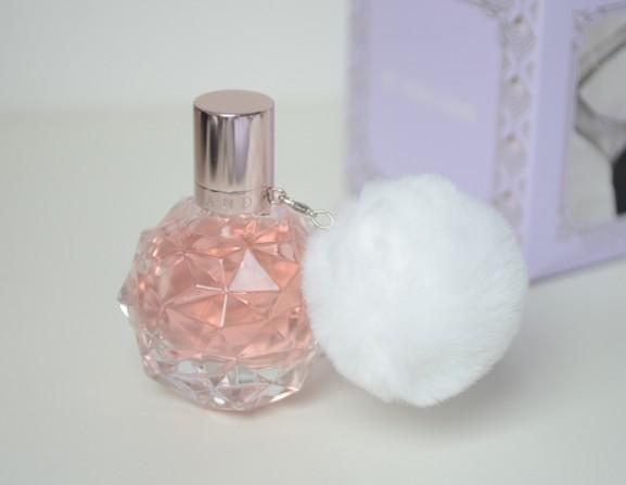 Adi-Ariana-Granda-Eau-de-parfum