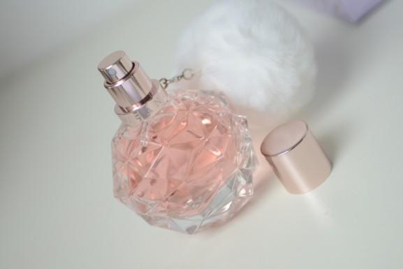 Ariana-Grande-Eau-de-parfum