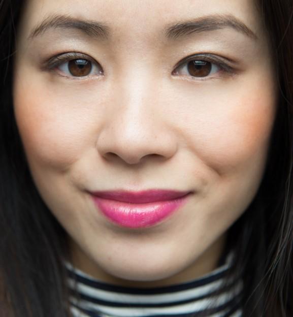 My-Huong-Guerlain-Petite-lipsticks-002-Pink-tie