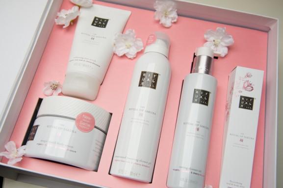 Rituals-of-Sakura-Pakket-Pink-2016-spring