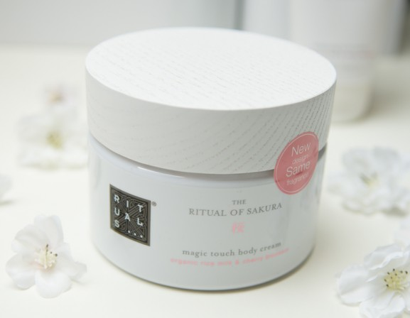 Rituals-of-Sakura-magic-touch-Body-cream