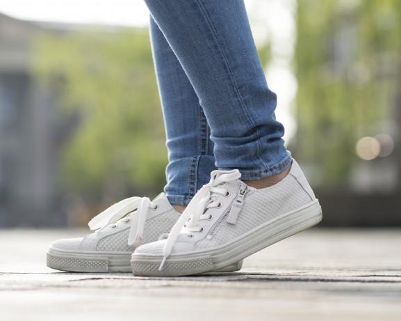 Schoenen sacha