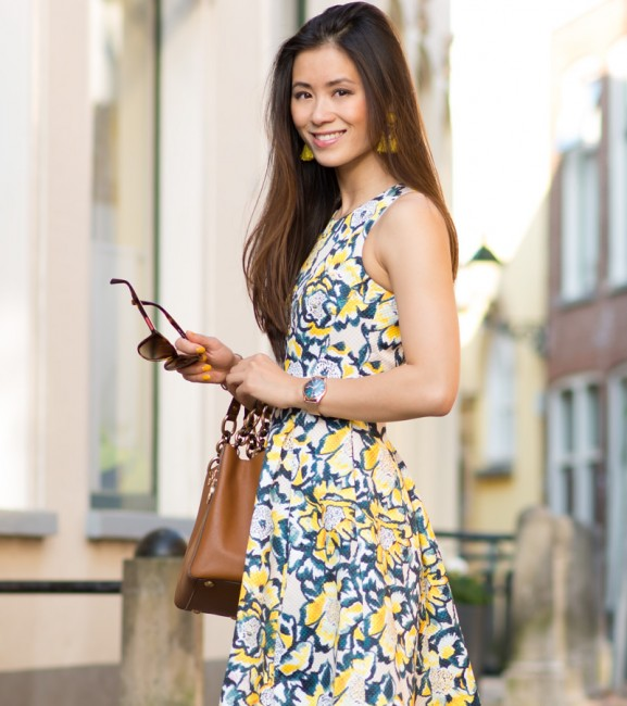 my-huong-outfit-Yellow-floral-dress