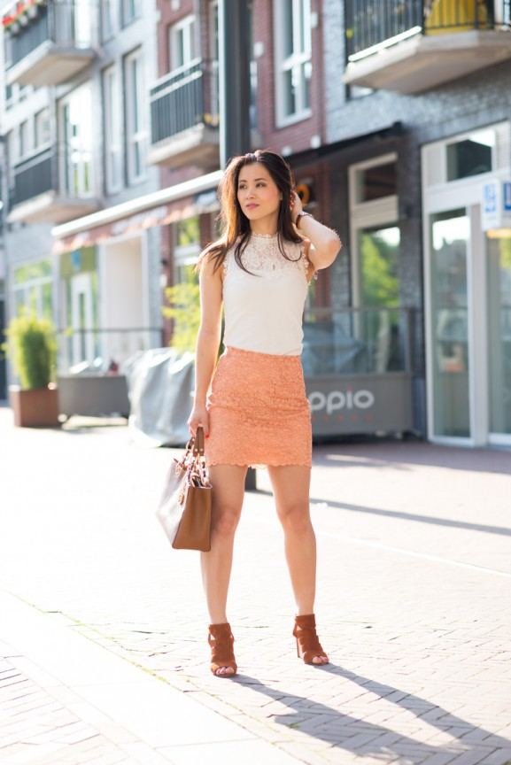 peach-lace-skirt-my-huong-outfit-blogger