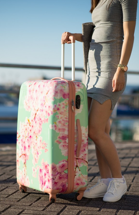 travel-reiskoffer-bagageonline-blossom-vrouwen-koffer-577x892 Carry On Trolley 78 Bloesem Koffer