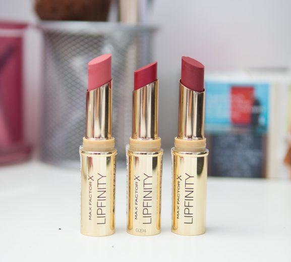 Max-factor-lipfinity-lipstick-sienna-garnet-scarlet