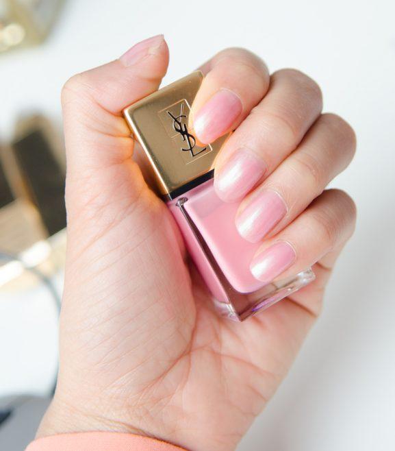 Swatch-love-pink-YSL-Nail-Polish-nagellak--577x658 YSL Love Pink Nagellak & Lipstick