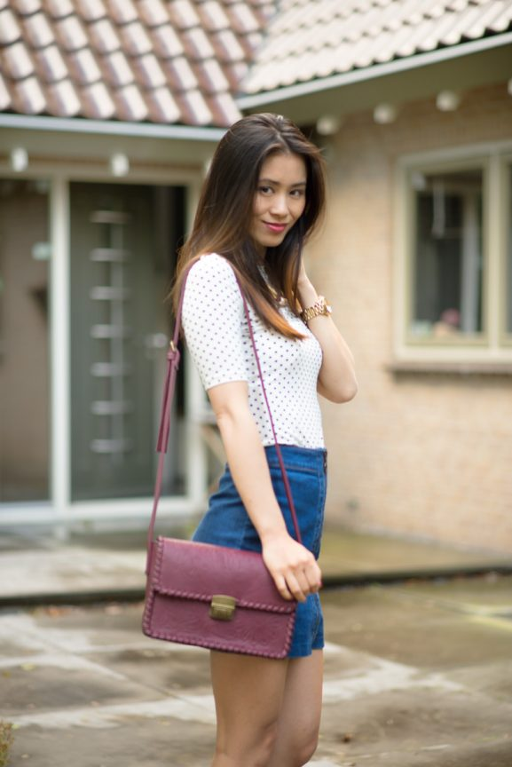 dotted-top-outfit-burgundy-a-line-rok-jeans