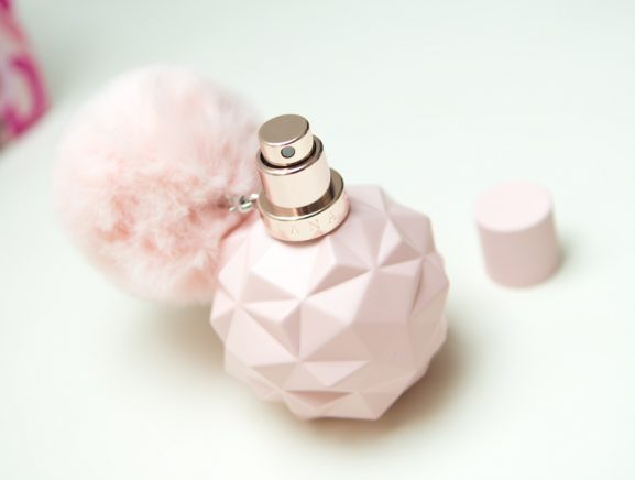 sweet-like-candy-by-ariande-grande-parfum-douglas