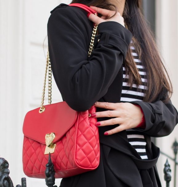 Bag-_fashion-blogger_-Love-Moschino-Valentine