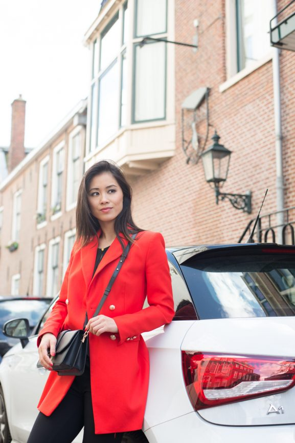 audi-a1-woman-car-Lady-class-Red-577x864 Outfit: Red Jacket en black loafers