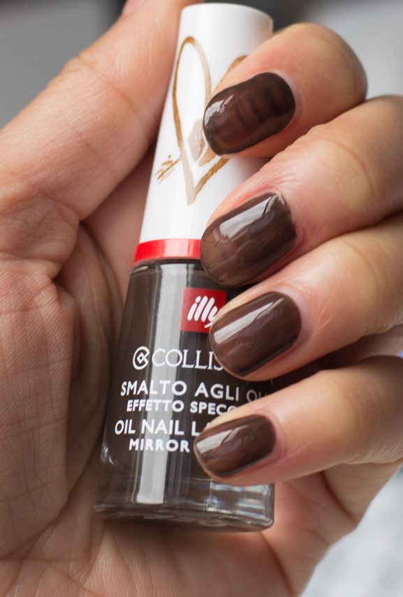 iLly-Collistar_Ristretto_Nail-Laq-Swatch