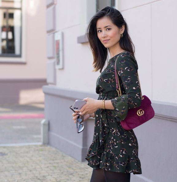outfit-loavies_gucci_-Myhuong_-Designer-_influencer-577x594 Outfit: Gucci marmont fuchsia velvet bag