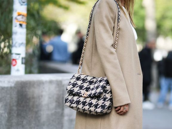 chanel-pied-the-poedre-tweed-tas-577x433 The top 5 designer musthaves tas